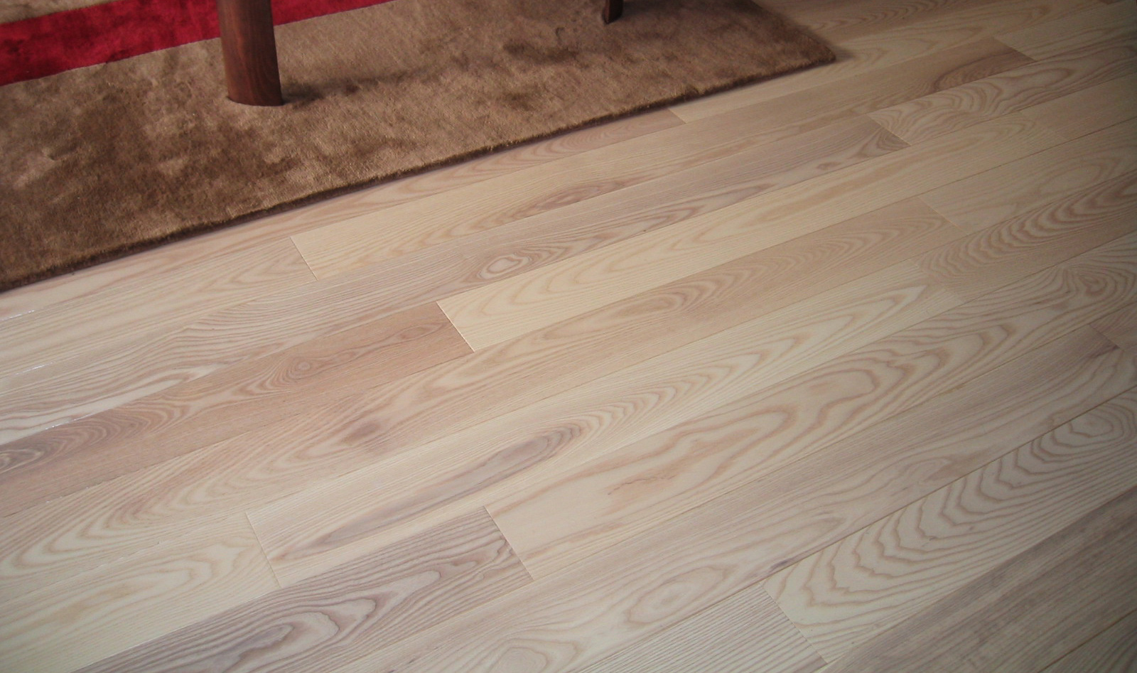 Manufacturer of parquet solid wood and engineered for Ash hardwood flooring